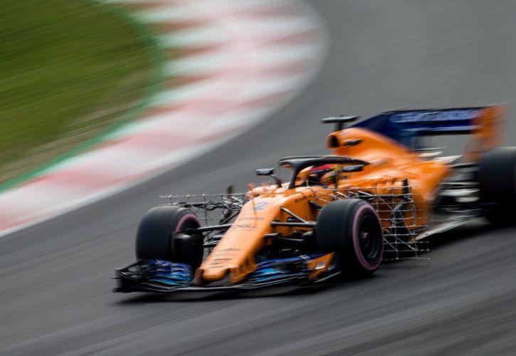 Stoffel Vandoorne (BEL) McLaren MCL33