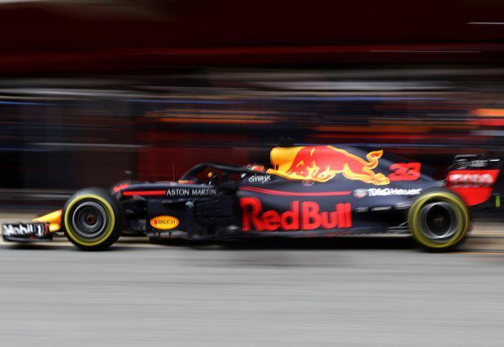 Hamilton and Vettel prepared for epic F1 title battle