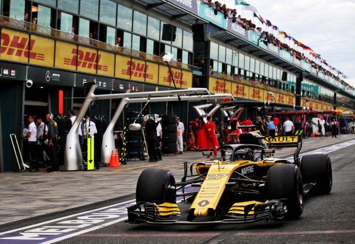 Carlos Sainz nearly vomited during Australian Grand Prix