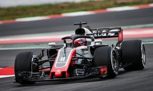 Grosjean sees risk of 'carnage' with new standing start rule