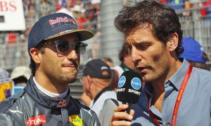Daniel Ricciardo (AUS) Red Bull Racing with Mark Webber (AUS)