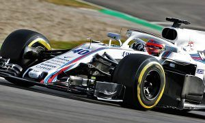 Modern F1 cars 'are like driving a bus', says Kubica