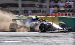 Valtteri Bottas (FIN) Mercedes AMG F1 W09 runs wide.