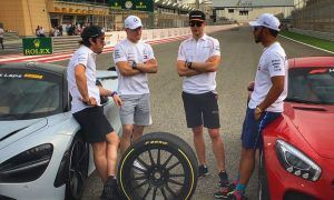 Gallery: Thursday's build-up to Bahrain GP