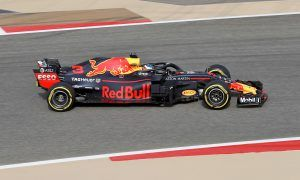 Ricciardo puts Red Bull on top in Bahrain first practice