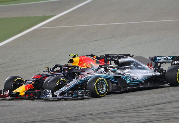 Bahrain Grand Prix: Max Verstappen (NLD) Red Bull Racing and Lewis Hamilton (GBR) Mercedes