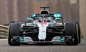 Hamilton just ahead in tight second practice in Shanghai