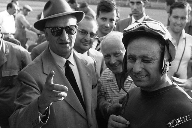Ferrari-Fangio_1956_Italy_01_BC